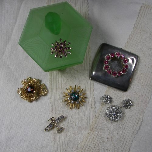 Pins, Brooches & Rings