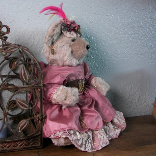 Bears & Dolls